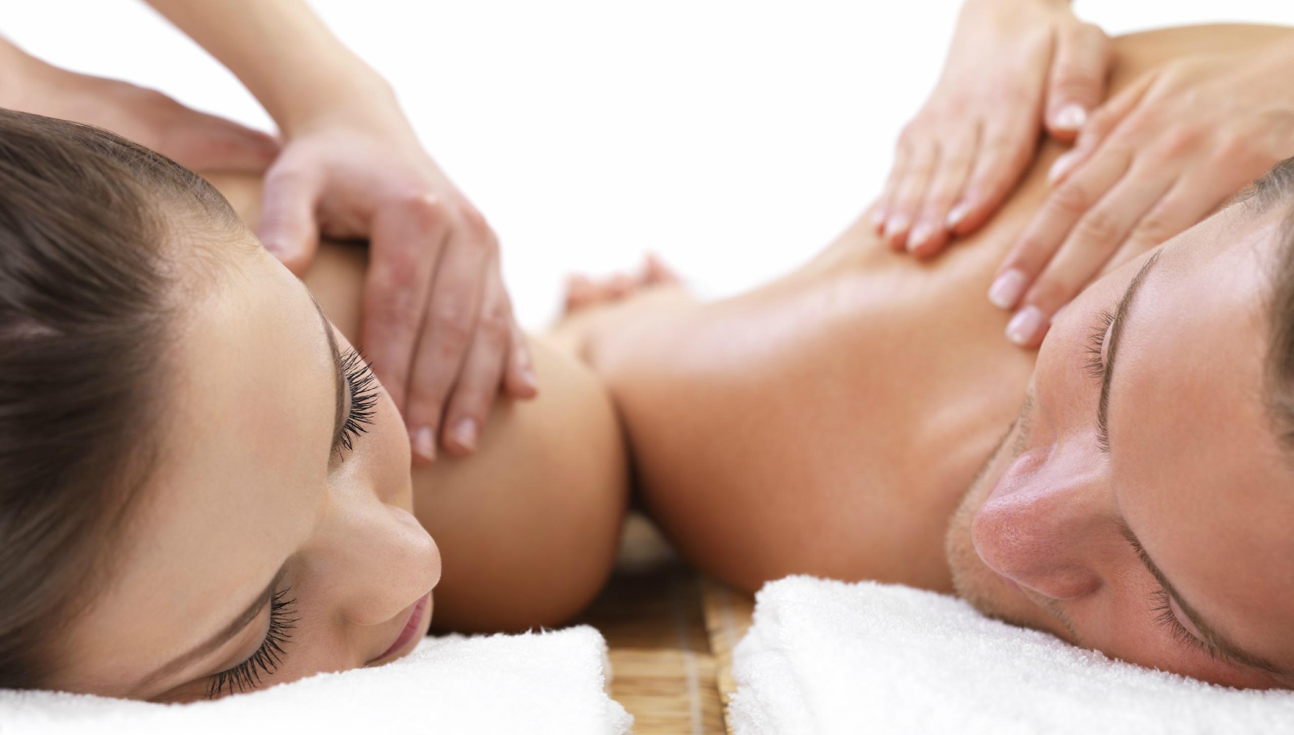Очень нежный массаж подруге лесби и качественный оргазм